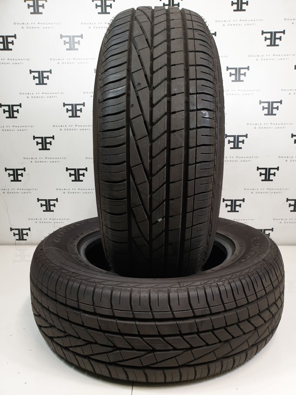235/65 R17 104  W GOODYEAR EXCELLENCE DEMONTE