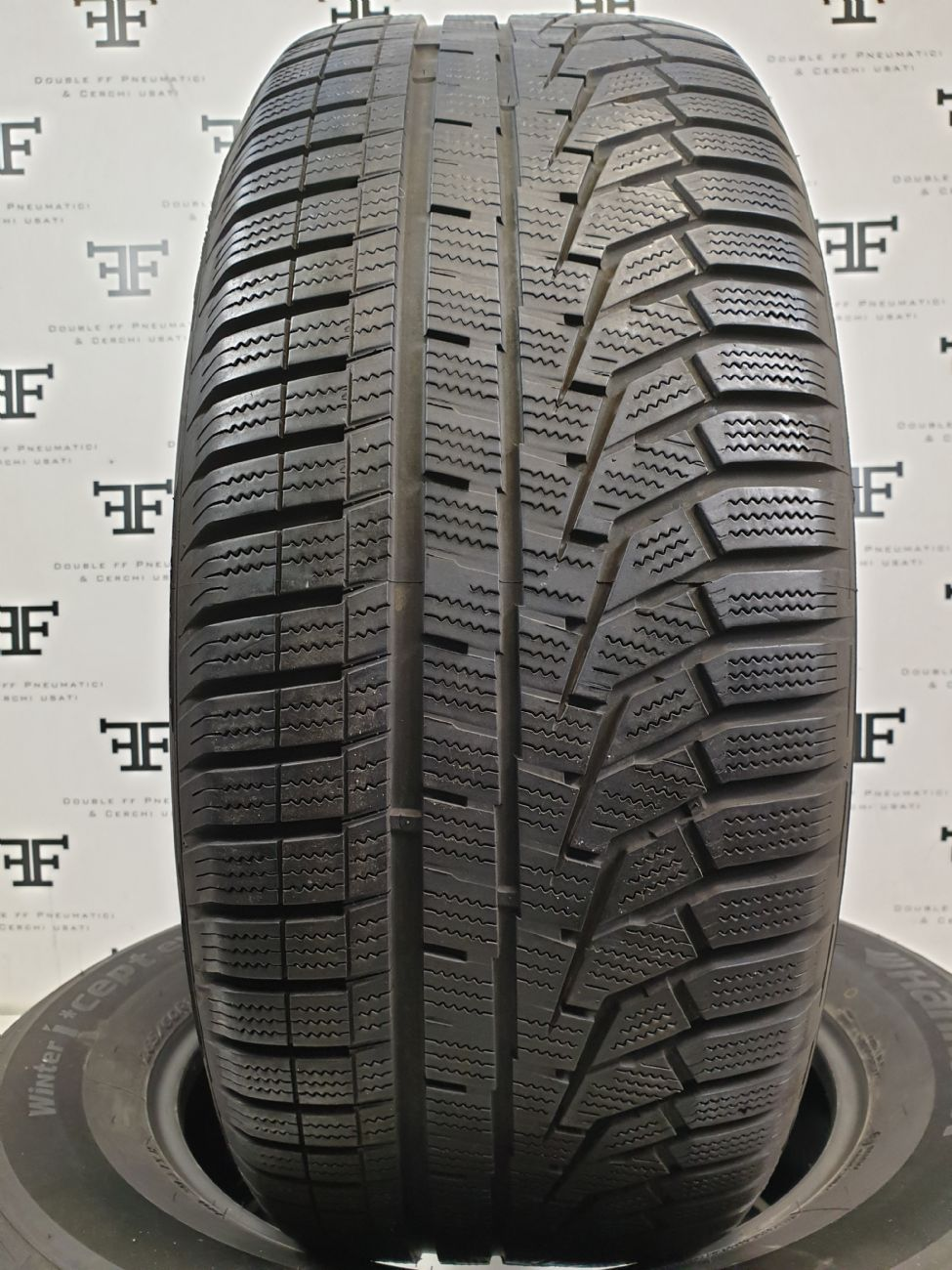 265/60 R18 114 H HANKOOK WINTER  INCEPT EVO 2 SUV