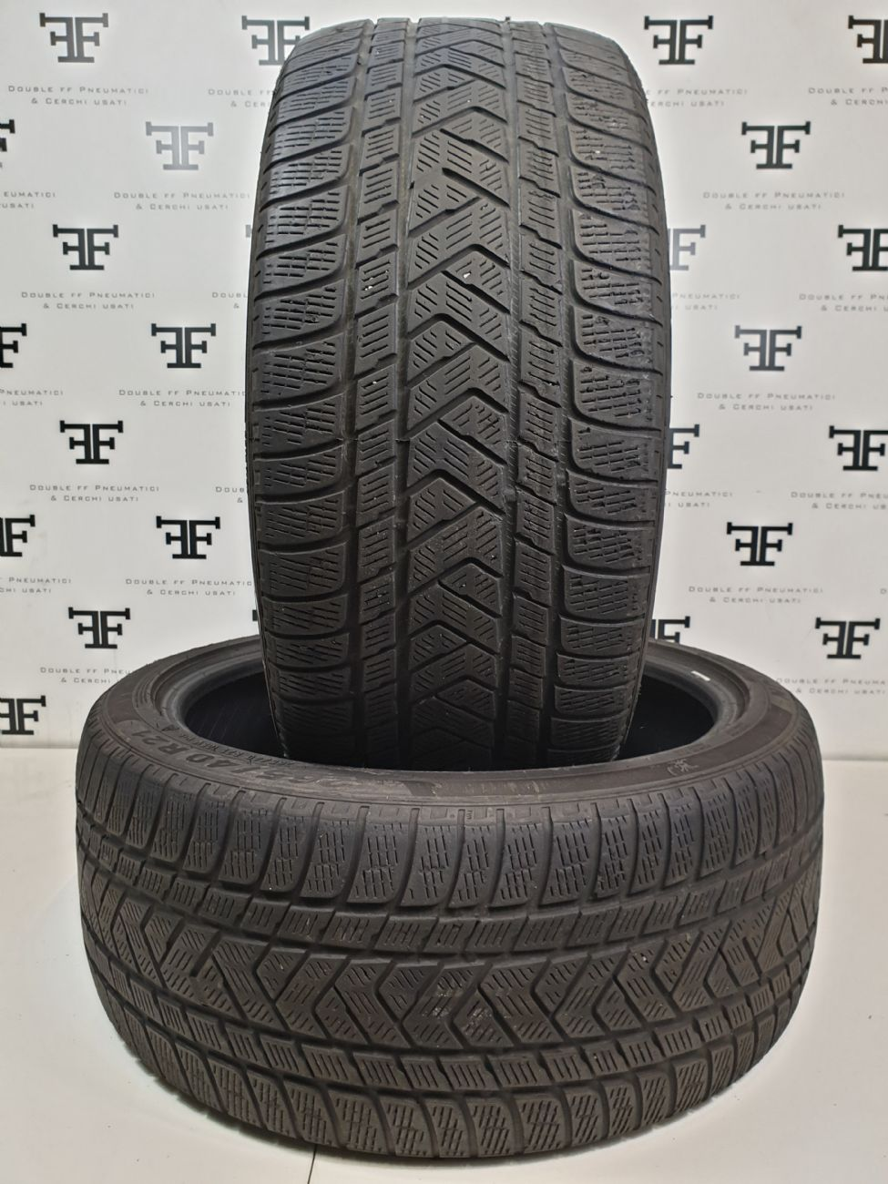265/40 R21 105 V PIRELLI SCORPION WINTER
