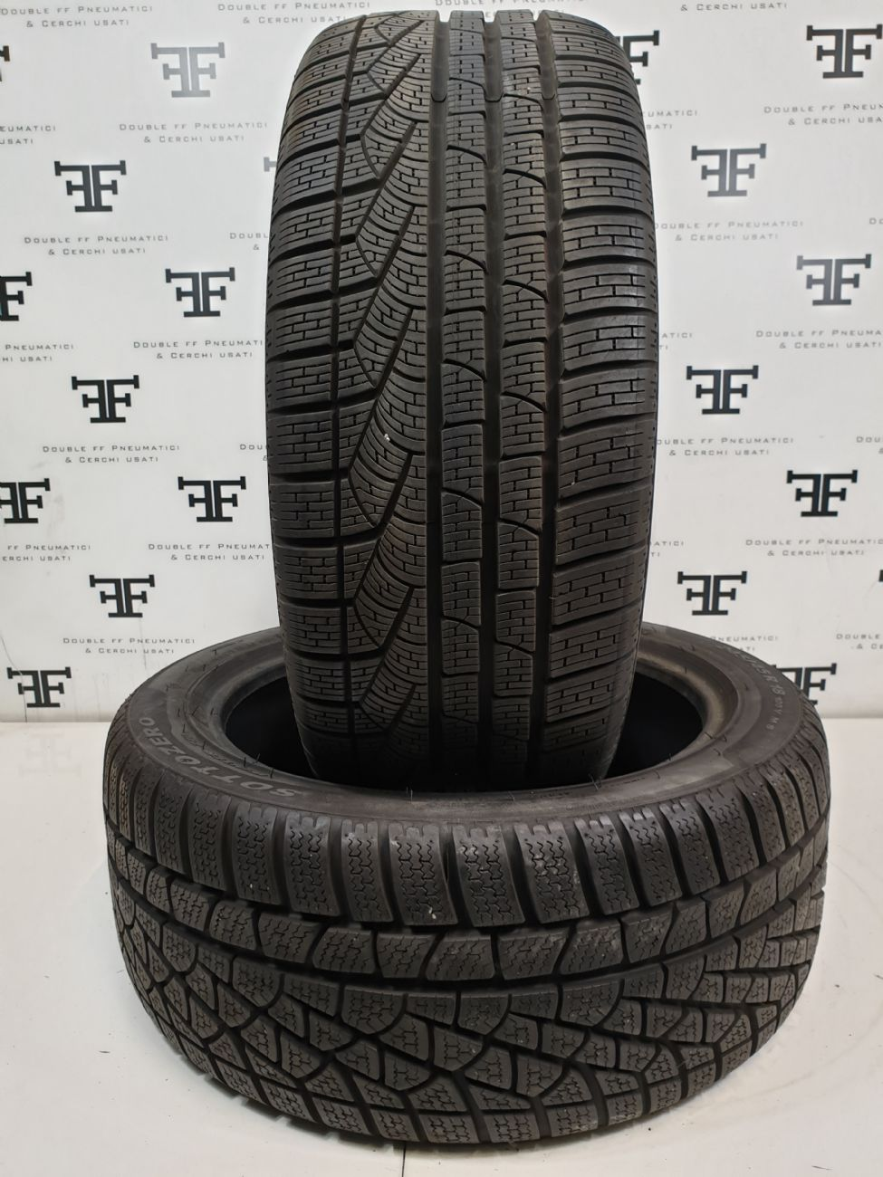 245/45 R18 100 V PIRELLI WINTER 240 SZ DEMONTE
